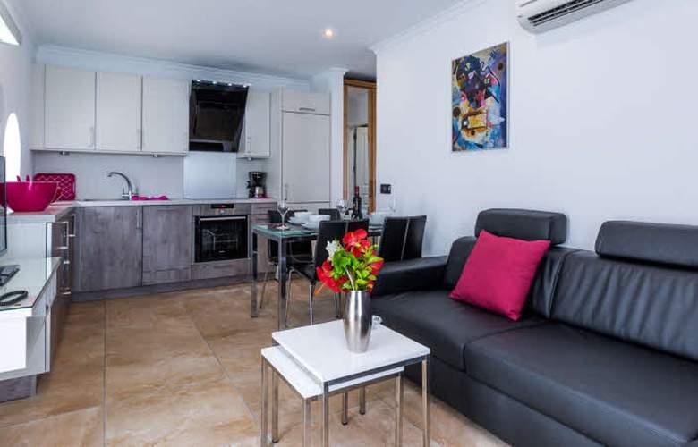 Apartamentos Bahia Blanca - Room - 0