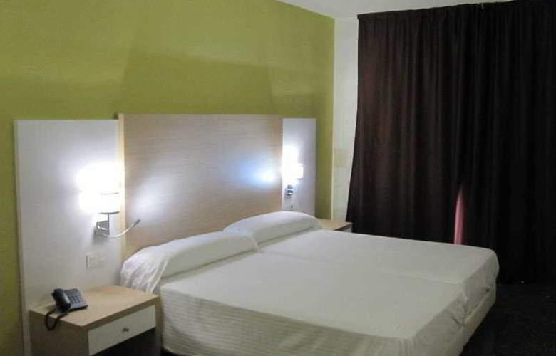 Fontana Plaza - Room - 2