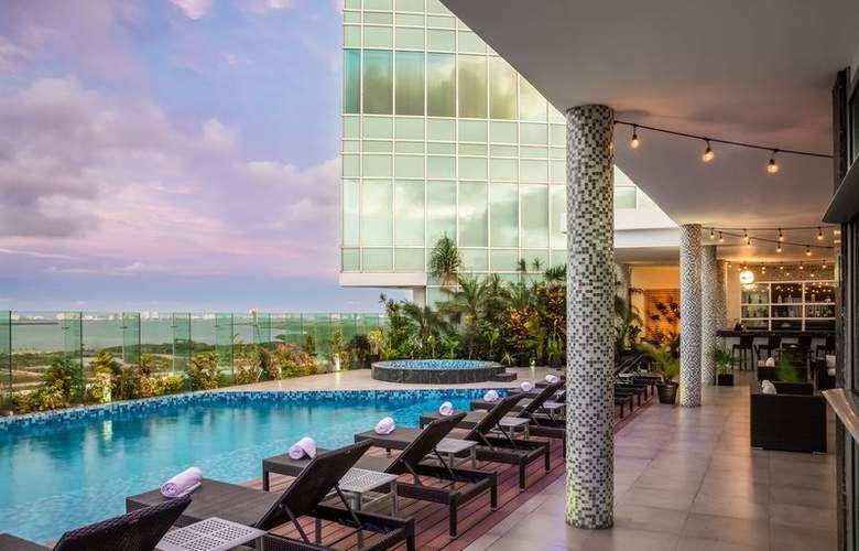 Fiesta Inn Cancun Las Americas - Pool - 3