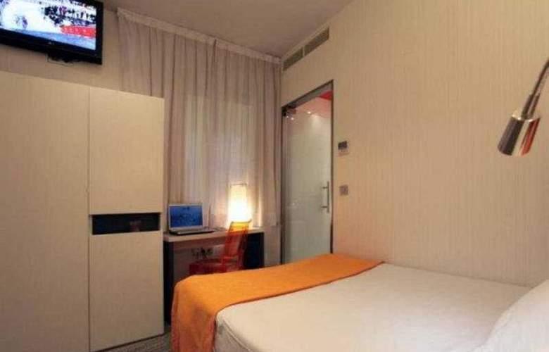 Petit Palace Canalejas - Room - 3