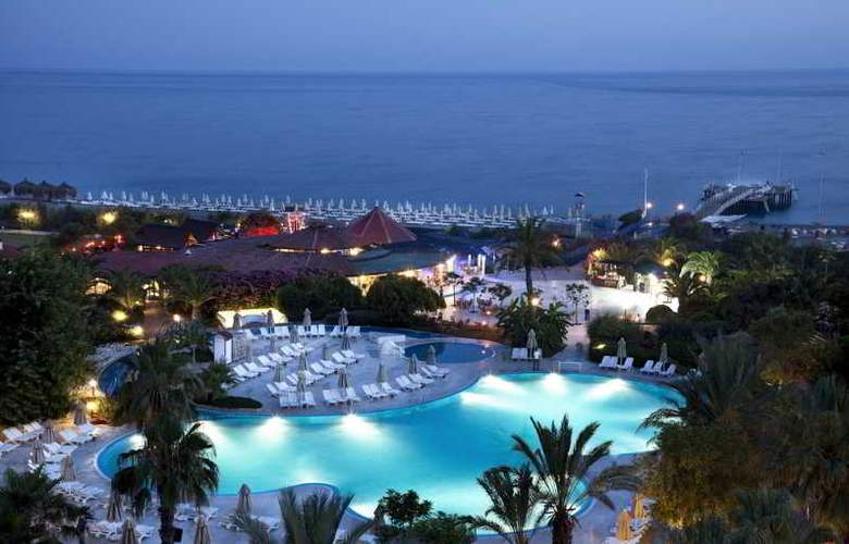 Sunrise Park Resort & Spa - Pool - 30