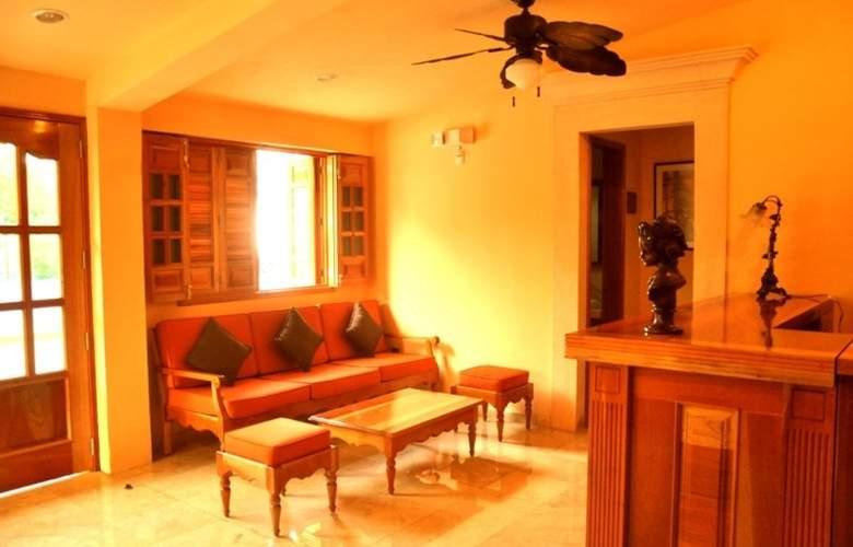 Cancun International Suites - Room - 2
