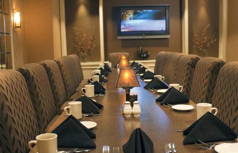 Best Western Premier Eden Resort Inn - Restaurant - 159