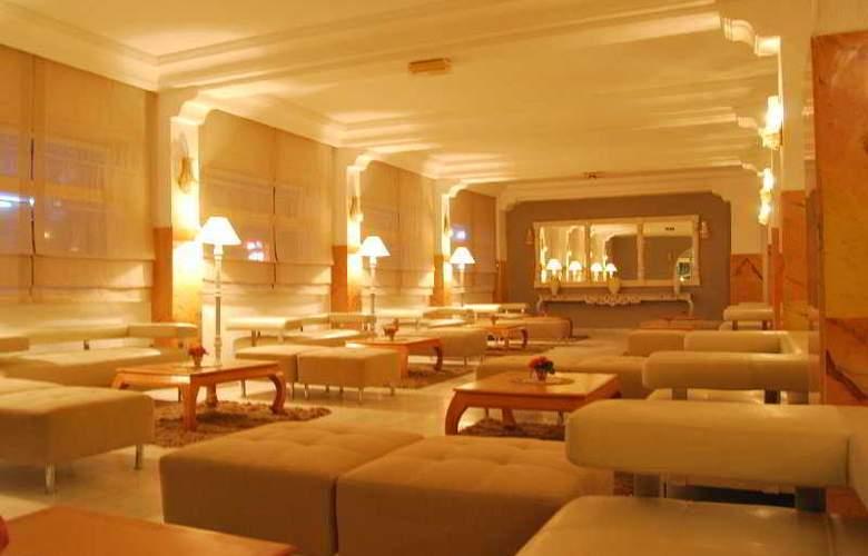 Karawan Beach & Resort - General - 1