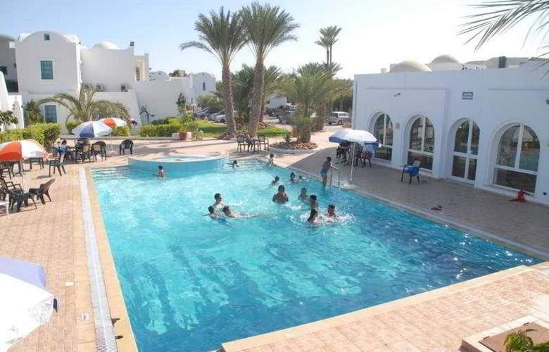 Menzel Dija - Pool - 8