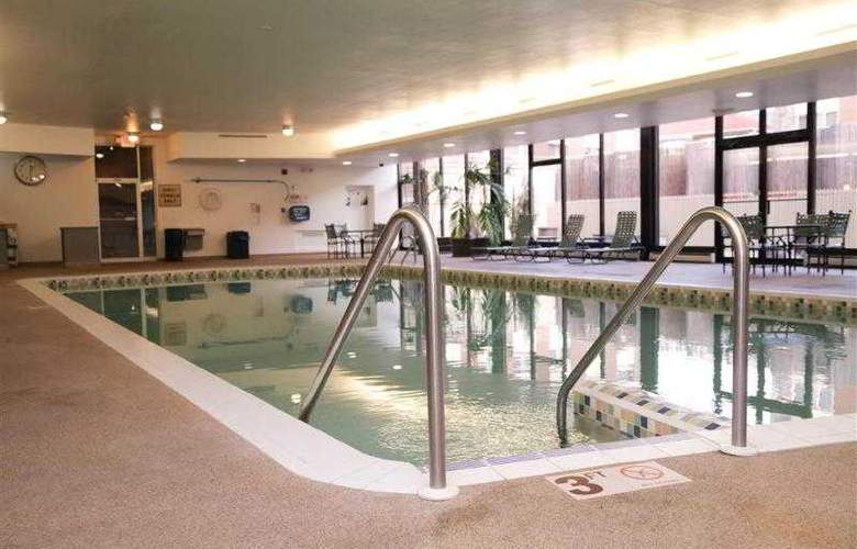 Best Western Woods View Inn - Hotel - 27