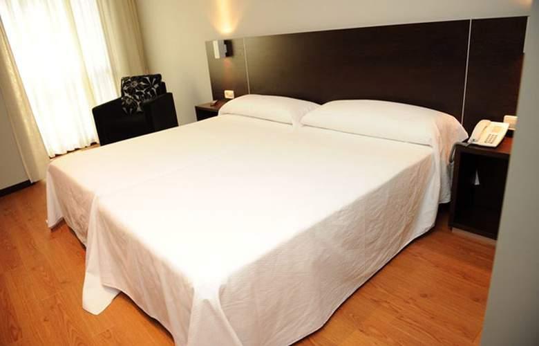 Junquera - Hotel - 1