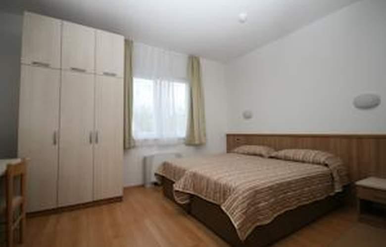 Porto - Room - 5