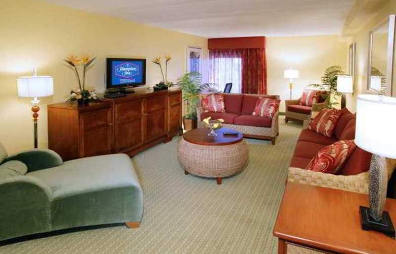 Hampton Inn Tropicana - Hotel - 11