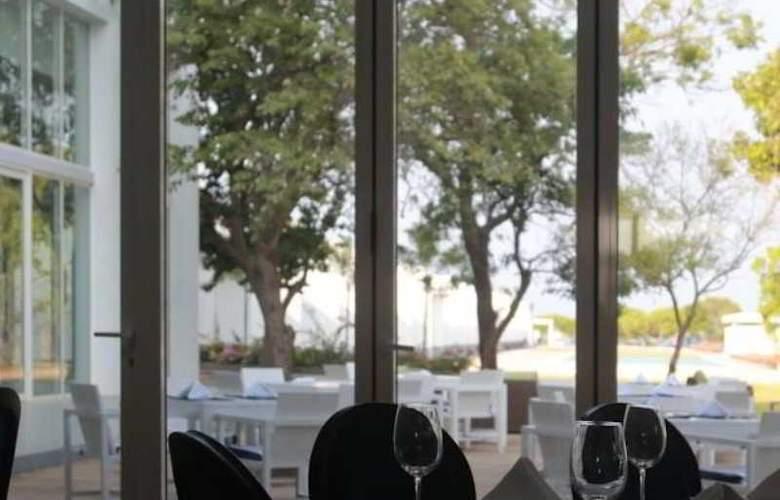 Anilana Nilaveli - Restaurant - 5