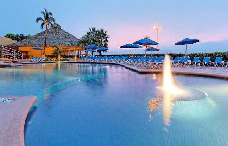 Holiday Inn Veracruz Boca del Rio - Pool - 30