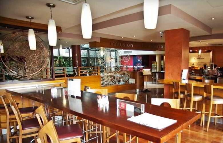 Hilton Garden Inn Dublin Custom House - Bar - 7