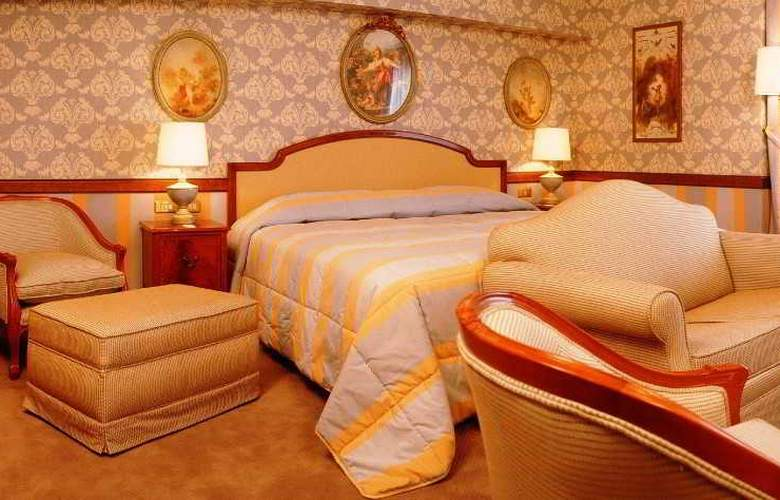 Izan Avenue Louise - Room - 13