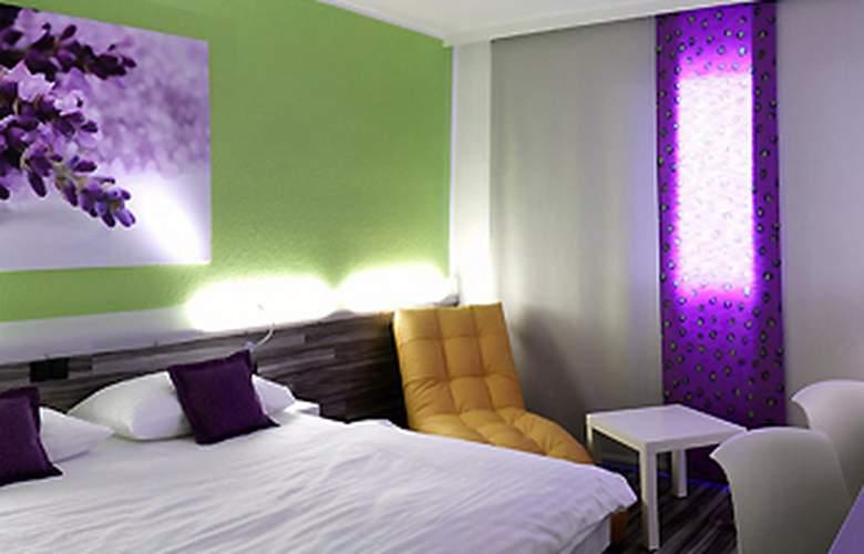 Ibis Styles Linz - Room - 2