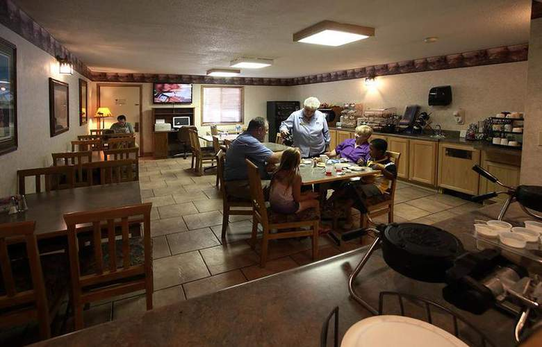 Best Western Black Hills Lodge - Restaurant - 48