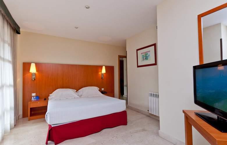 Exe Gran Hotel Almenar - Room - 1