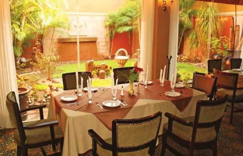 Los Tres Rios - Restaurant - 9