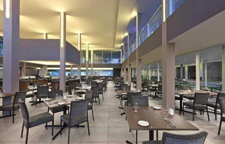 Century Langkasuka Resort - Restaurant - 26