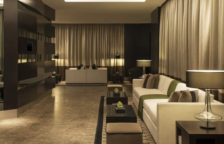 Sheraton Dubai Mall of the Emirates - Room - 13