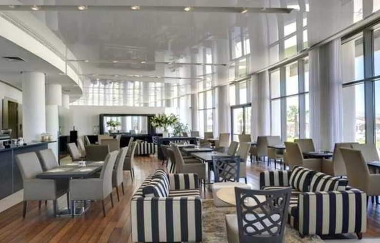 West Hotel - Restaurant - 9