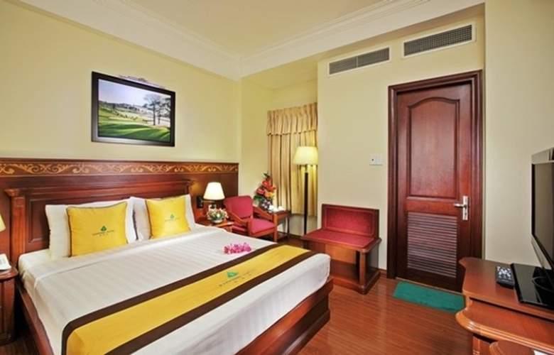 Sapphire Hotel - Room - 2