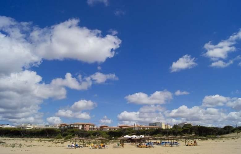 Sensimar Isla Cristina Palace Hotel & Spa - Beach - 13