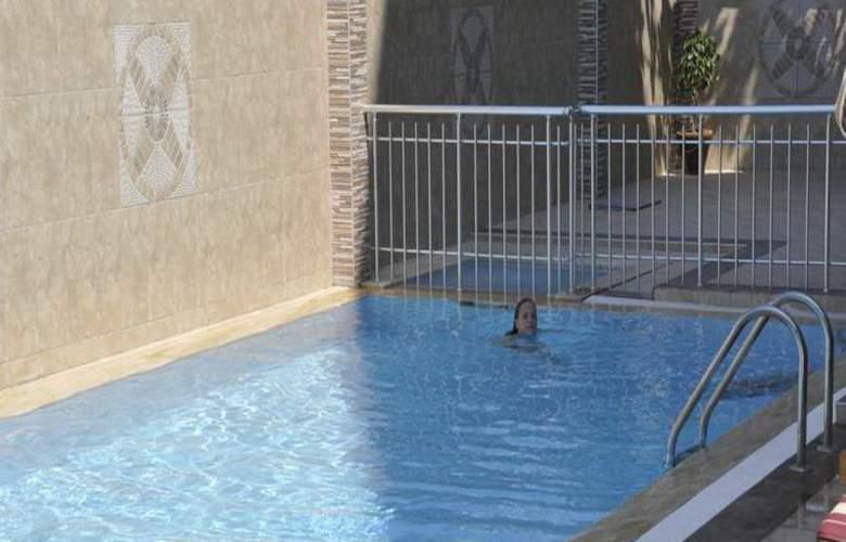 Monte Carlo Park Hotel - Pool - 6