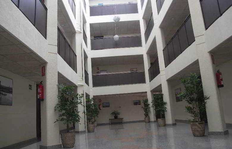 Palamós - Hotel - 1