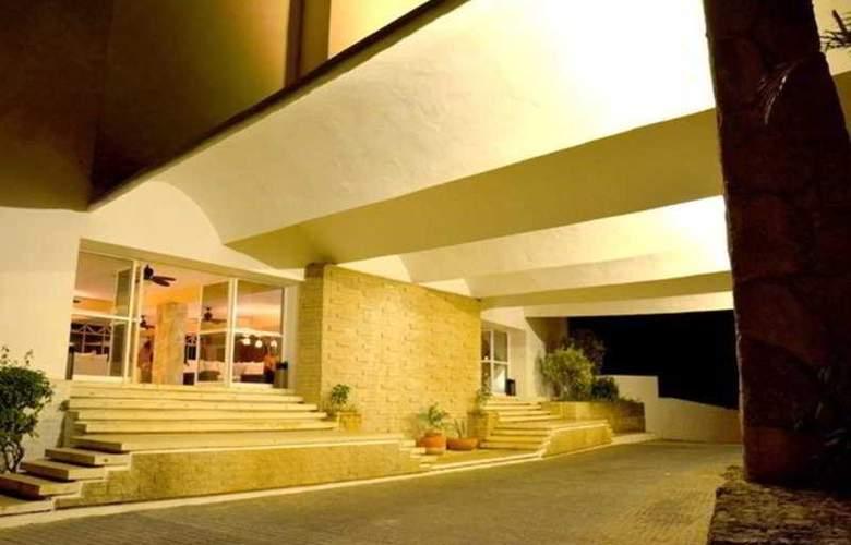 Uxmal Resort Maya - Hotel - 0
