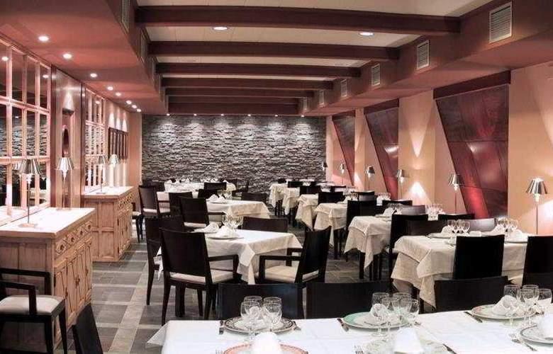 Sanchez - Restaurant - 5