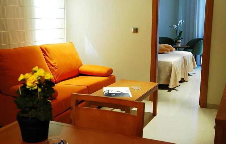 Aparthotel Bahía - Room - 4