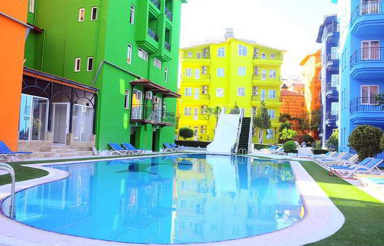 RAINBOW CASTLE HOTEL - Pool - 2