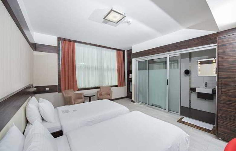 Wes Hotel - Room - 14