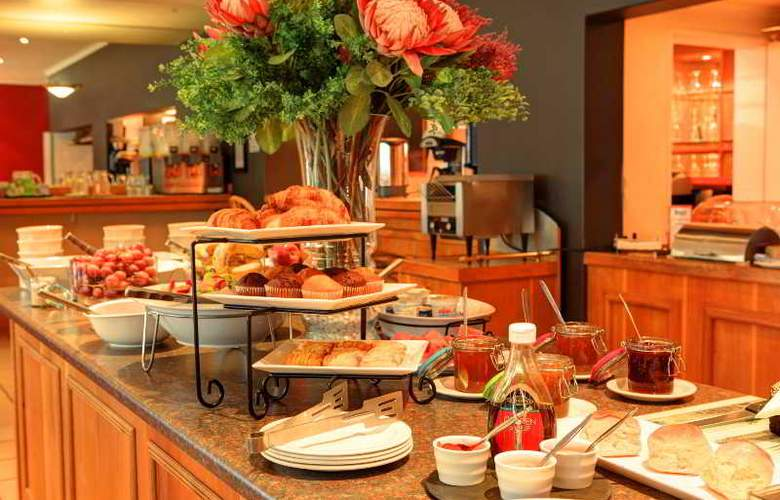 Protea Hotel Outeniqua - Restaurant - 26