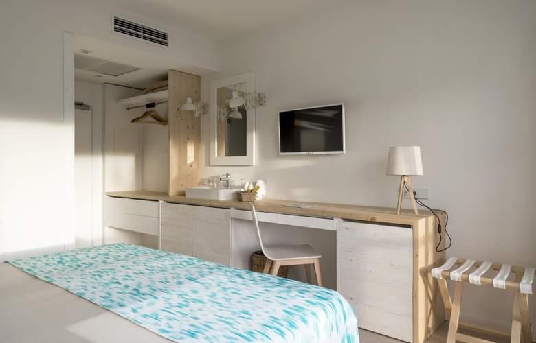 Fergus Style Palmanova - Room - 5