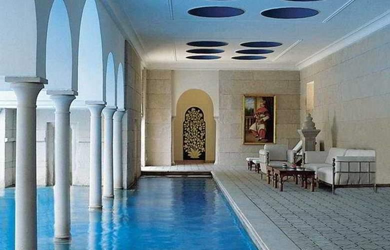 Oberoi Amarvilas - Pool - 5