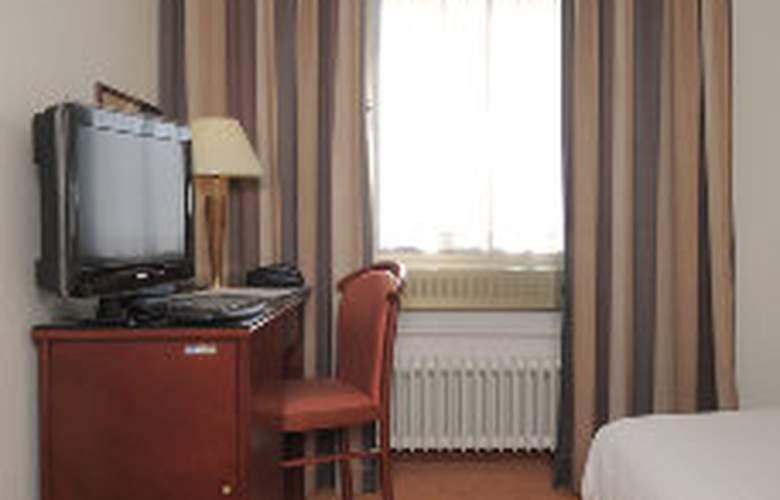 Astoria - Room - 2