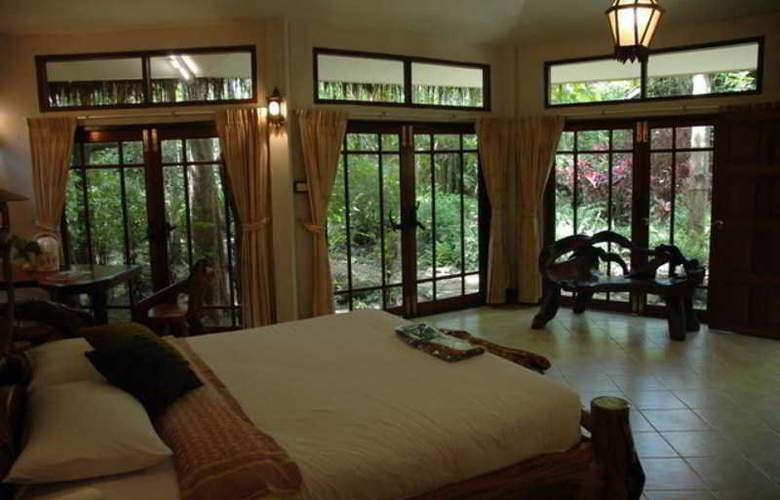 Mom Chailai Forest Retreat Kanchanaburi - Room - 11