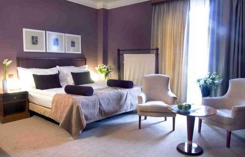 Jalta - Room - 3