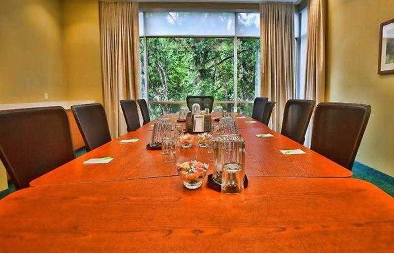 SpringHill Suites Tampa North/I-75 Tampa Palms - Hotel - 13