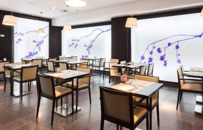Petit Palace Barcelona Plus - Restaurant - 26