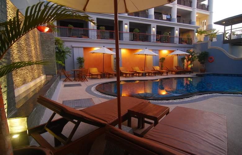 Leelawadee Boutique Hotel - Pool - 7