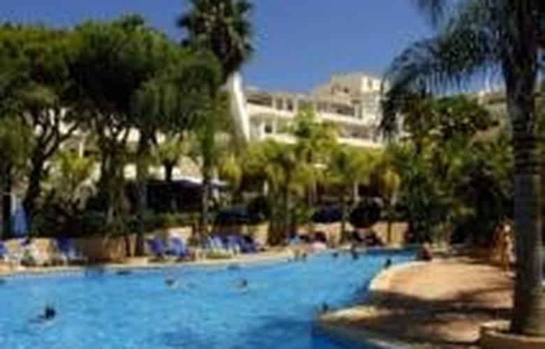 Ria Park Garden - Hotel - 0