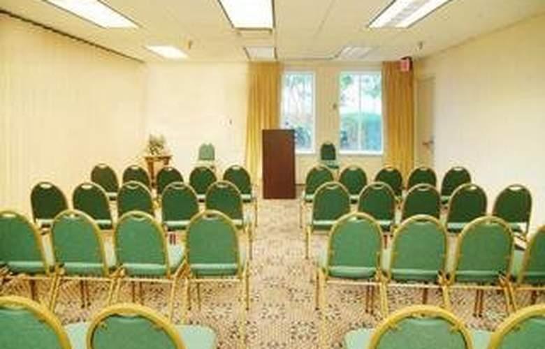Comfort Inn Arlington Blvd/DC Gateway - Conference - 5