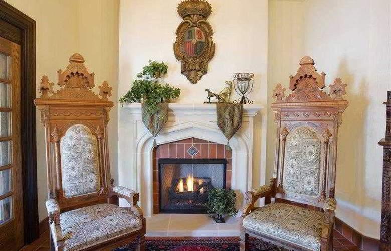 Best Western Premier Mariemont Inn - Hotel - 12