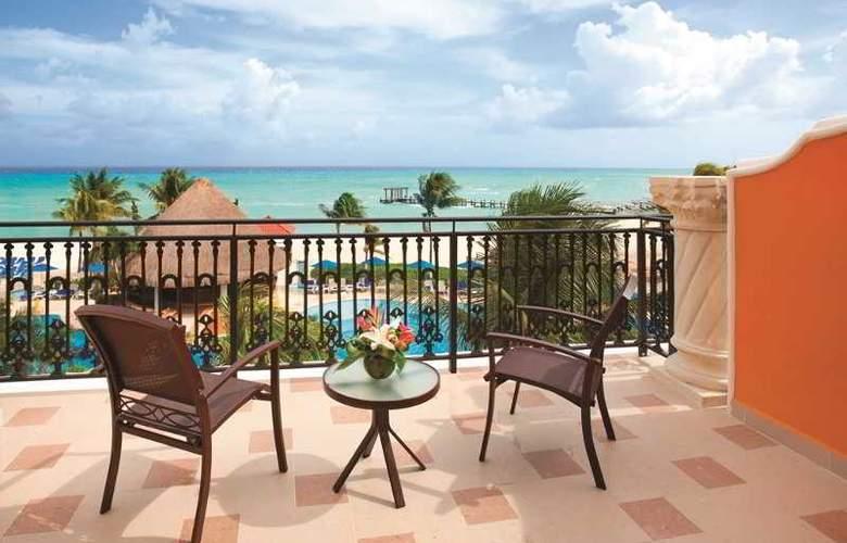 Panama Jack Resorts Gran Porto Playa del Carmen - Terrace - 35