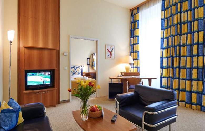 HiLight Suites Hotel - Room - 3