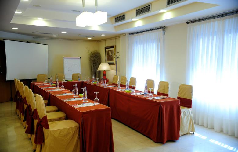 B&B Hotel Cartagena Cartagonova - Conference - 12