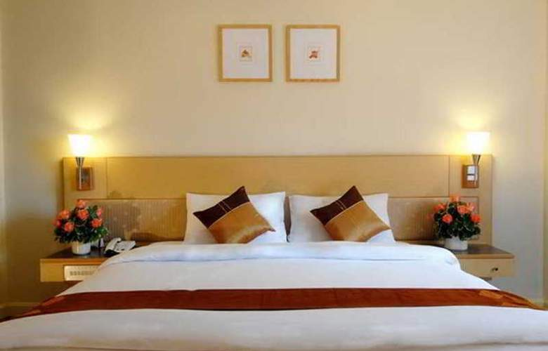 Suriwongse Tower Inn - Room - 5