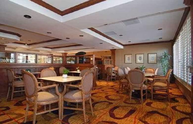 Comfort Inn Phoenix - Restaurant - 4
